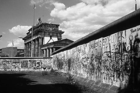 puerta_de_brandemburgo_muro_berlin